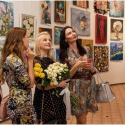 Участие Стогниевой Марины в выставке 17-26 Мая , Дом Художника , Киев , 2019 год.