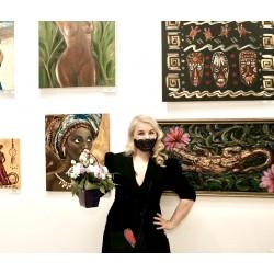 — Марина, Микеланджело говорил, что «Живопись ревнива и не терпит соперниц…». Как ты относишься к конкуренции в искусстве?